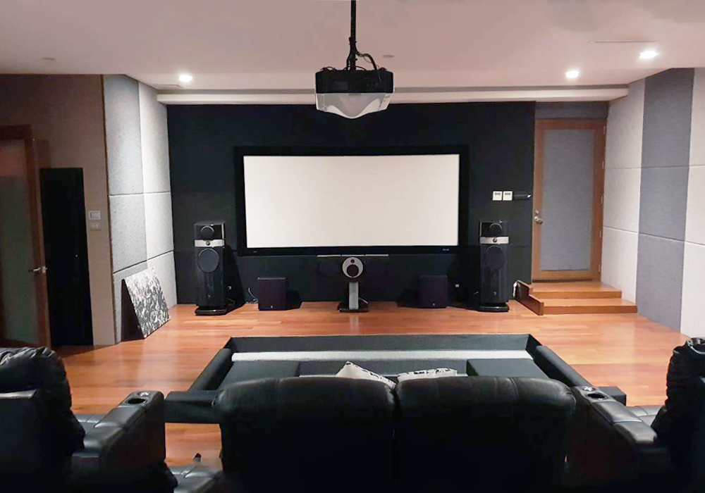 Home Theater: Focal Scala Utopia speakers and Stewart Filmscreen